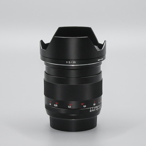 ZEISS Distagon 2/25 ZE