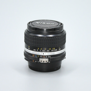 NIKON MF 24mm F 2.8 AIS